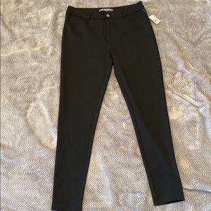 Daisy Fuentes Black Pants